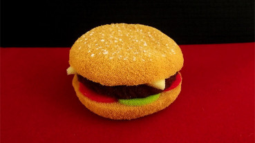 Hamburger aus Schaumstoff - Sponge Hamburger by Alexander May